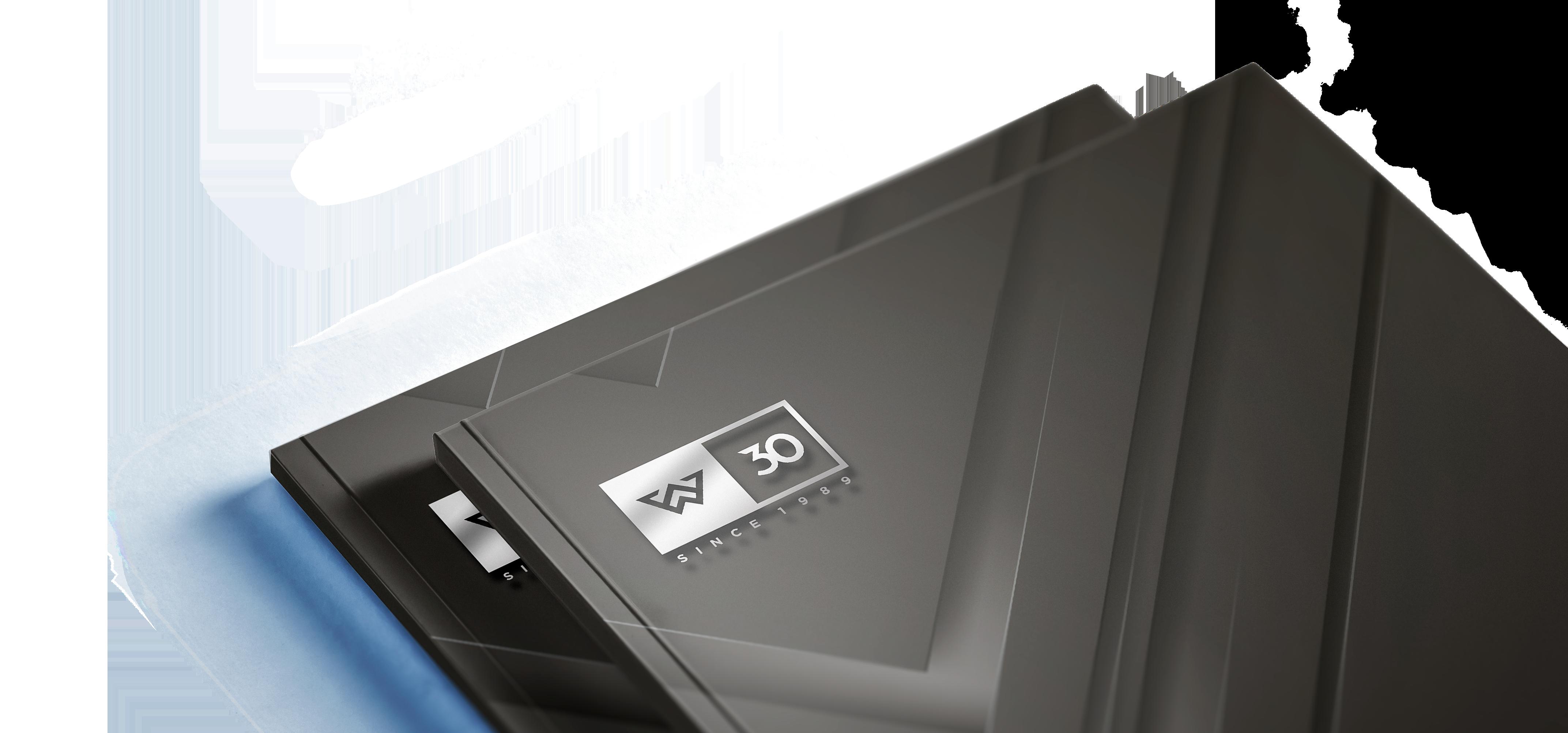 czarna okładka z napisem 3D